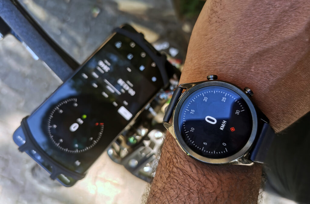 Velocity GPS Dashboard on an Android Phone and Wear OS Watch
